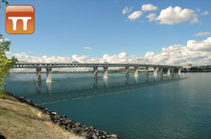 The planned bridge as shown on the Columbia River Crossing website.