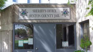 The public entrance of the Benton County Jail.