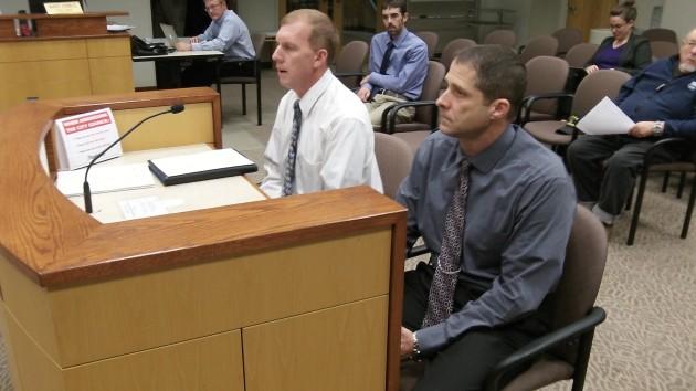 Chiefs John Bradner, left, and Mario Lattanzio report to the Albany council Wednesday.