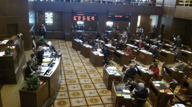 The Oregon Senate before Tuesday's vote on low carbon fuel.
