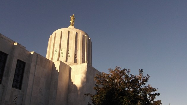 Sunshine falls on the Capitol, but not always on Oregon public records,