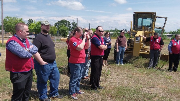 On hand for the groundbreaking were Lowe's employees and others.