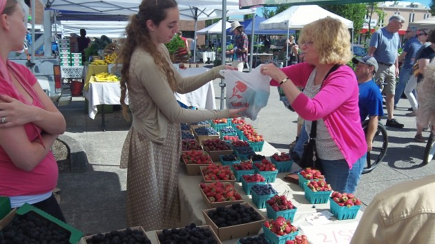 The Albany Farmers' Market is open on Saturdays until mid-November.