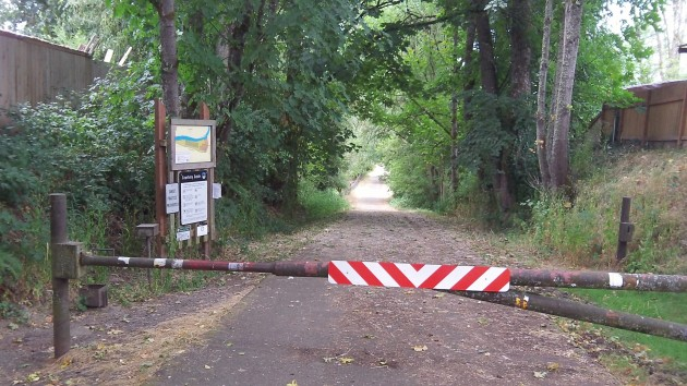 This is the access road to Truax Island,  but you can't drive in.