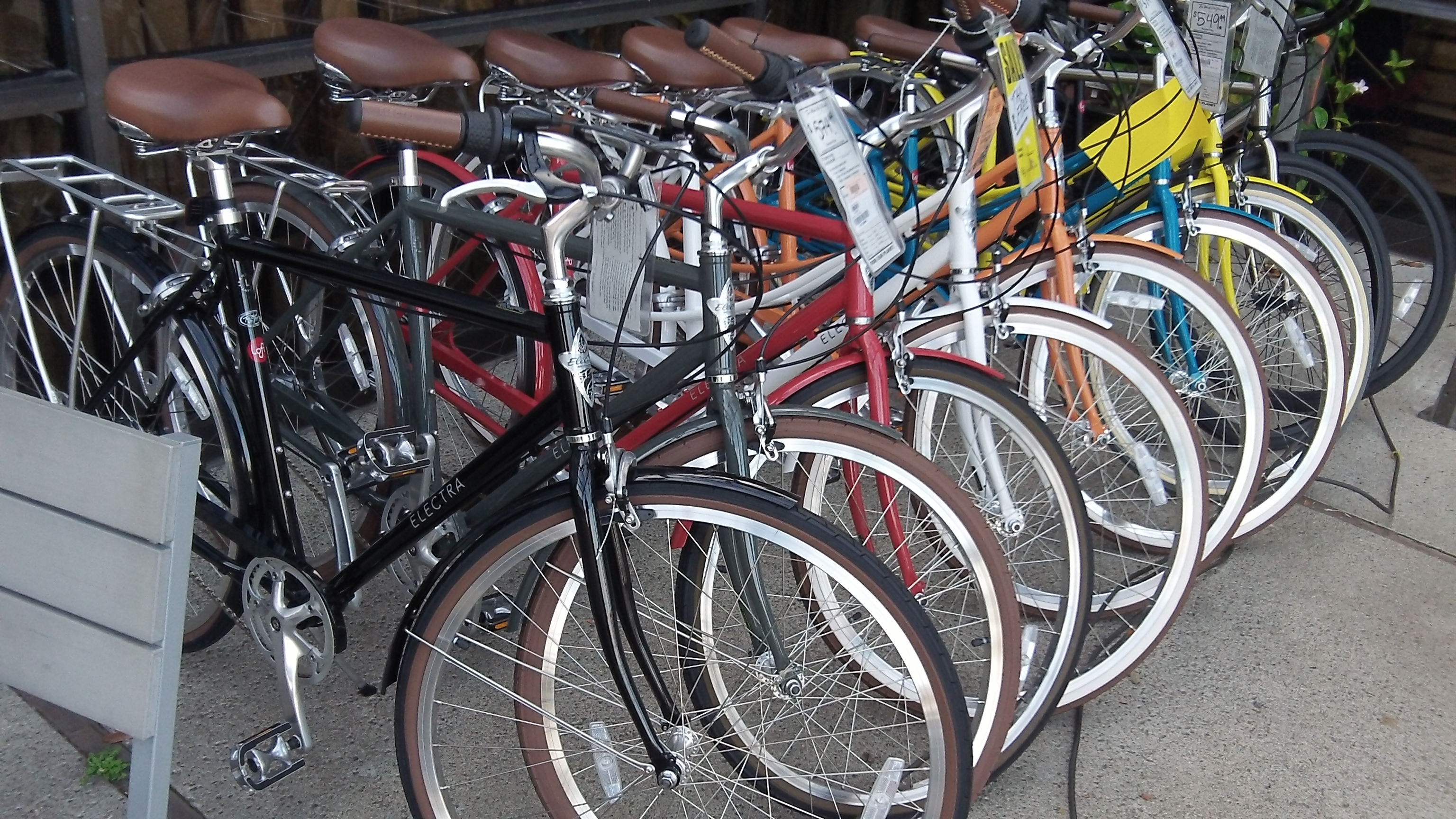 Want to reduce emissions? Promote the greater use of bikes.