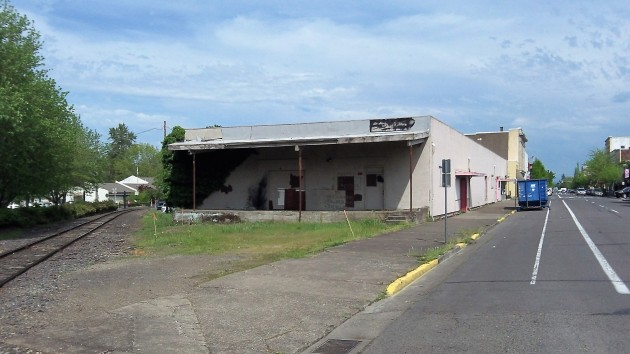 This former turkey processing plant between the P&W tracks and West First Avenue will give way to the new Albany Carousel.